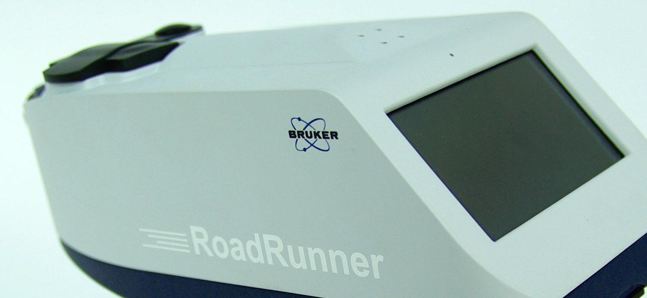 Roadrunner ein tragbares Messgerät zum Aufsprüren von Sprengstoffen und Drogen